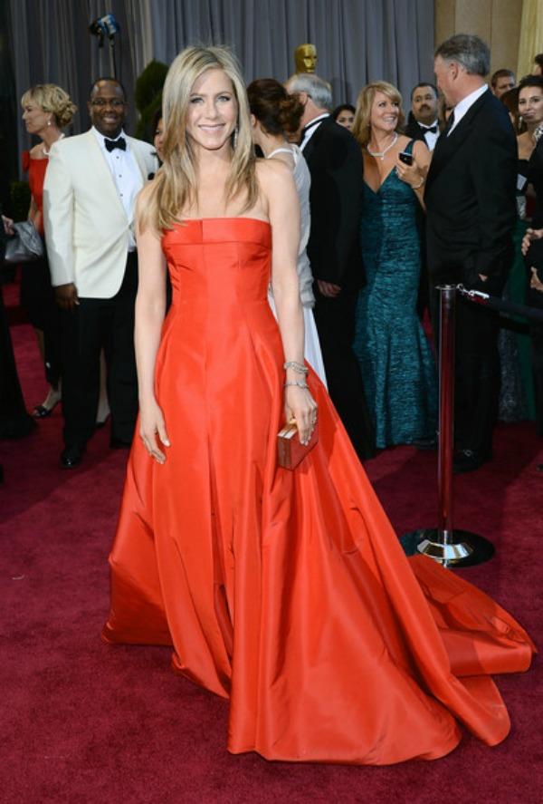 Dženifer Eniston Zvezde nam otkrivaju svoje najbolje stilove sa crvenog tepiha