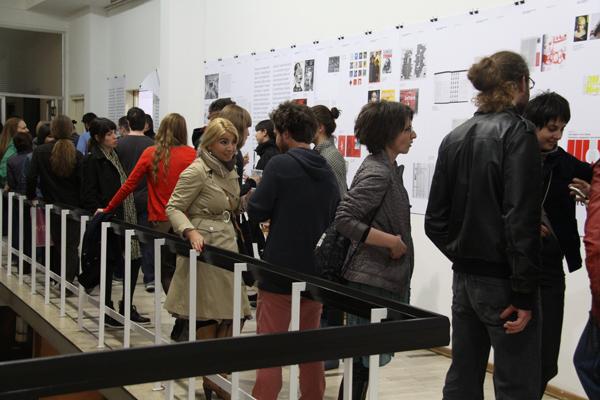 Izlozba Artget 01 2012 Međunarodna konferencija (Grafički) Dizajner: Autor ili univerzalni vojnik