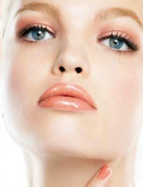 """Modni zalogaj: Daphne Groeneveld za """"Dior Addict"""""""