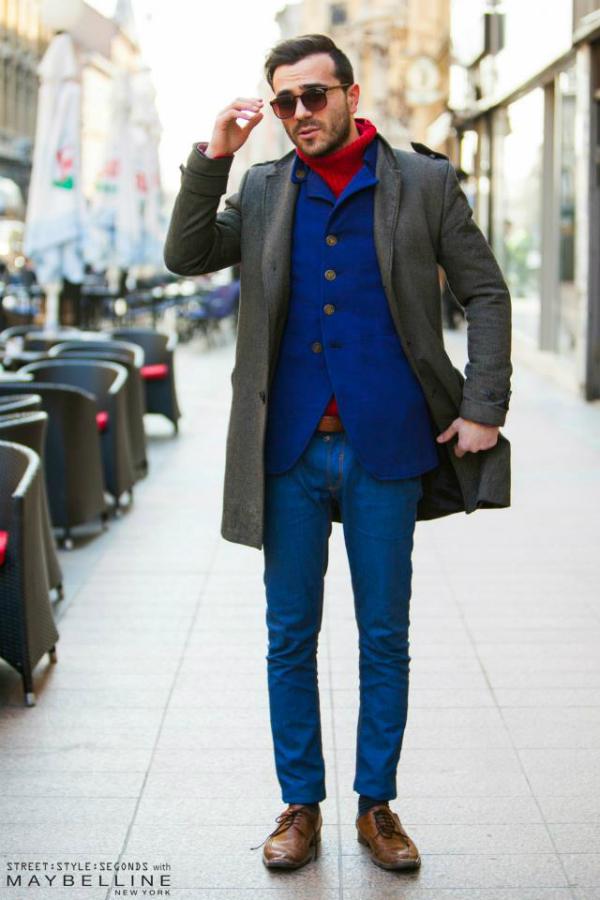 Muskarac u plavom i sivom Street Style: Na ulicama urbanog Zagreba