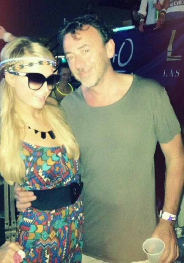 Paris Hilton i Beni Benasi Twitter na crvenom tepihu: Crna ovca, bela ovca?