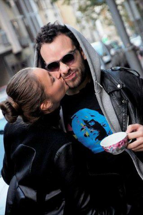 Poljubac uz jutarnju kafu Wannabe intervju: Iks oks sa Nemanjom Marašem