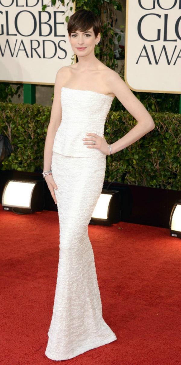 SLIKA 51 Trend sa crvenog tepiha: Bele haljine