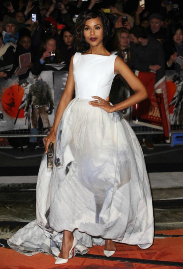 SLIKA 81 Trend sa crvenog tepiha: Bele haljine