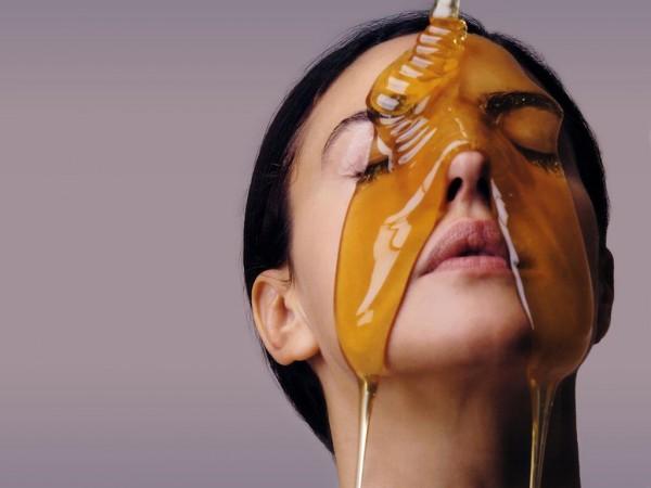 SLIKA28 Zašto je med dobar za kožu?