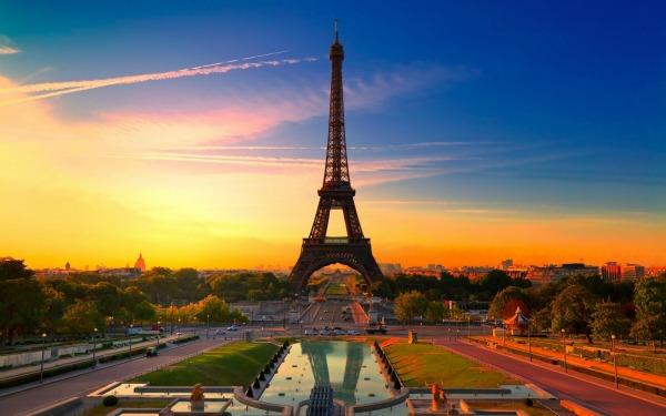 Slika 1 Google Facts: Pariz, rođendani i suze