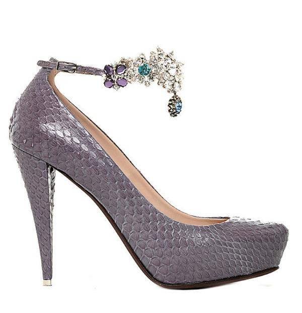 Slika 115 Aksesoar dana: Cipele Nina Ricci