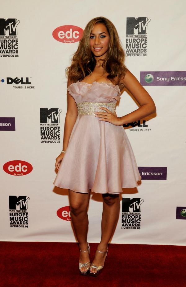 Slika 27 10 haljina: Leona Lewis