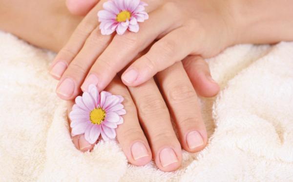 Ukoliko su vaši nokti skloni lomljenju pokušajte da ih ojačate U zdravom telu – zdravi nokti