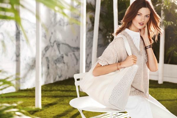 Velika torba kao glavni modni detalj Uterque: Elegantni spoj bele i bež