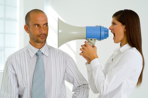couple fighting 1 Deset stvari koje ne bi trebalo da radite tokom rasprave