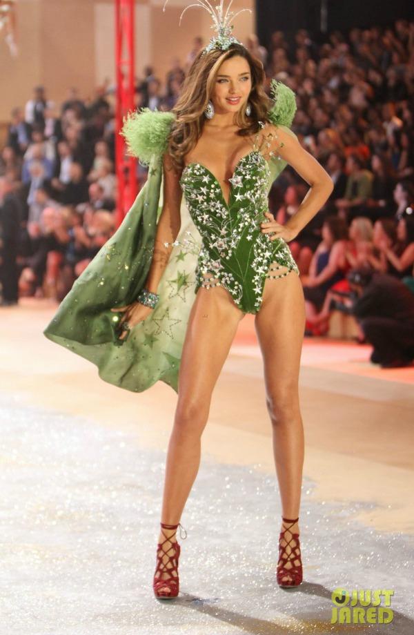 miranda kerr 9 Anđeoska magija: Revija Victorias Secret 2012.
