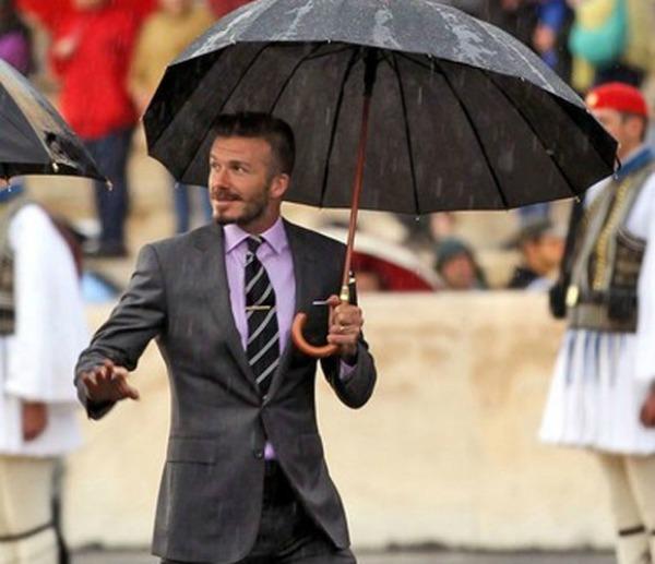 slika215 Vodič za muškarce: Kako nositi šnale za kravatu