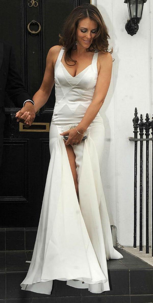 slika3 10 haljina: Elizabeth Hurley