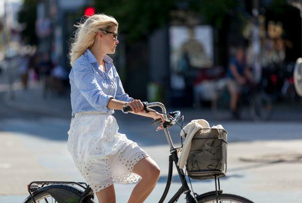 """slika83 Street Style: """"Pedaliranje"""" sa stilom"""