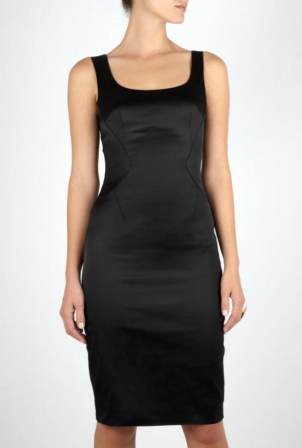 1 klasicna Najlepše crne haljine