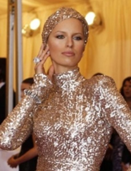 10 haljina: Karolina Kurkova