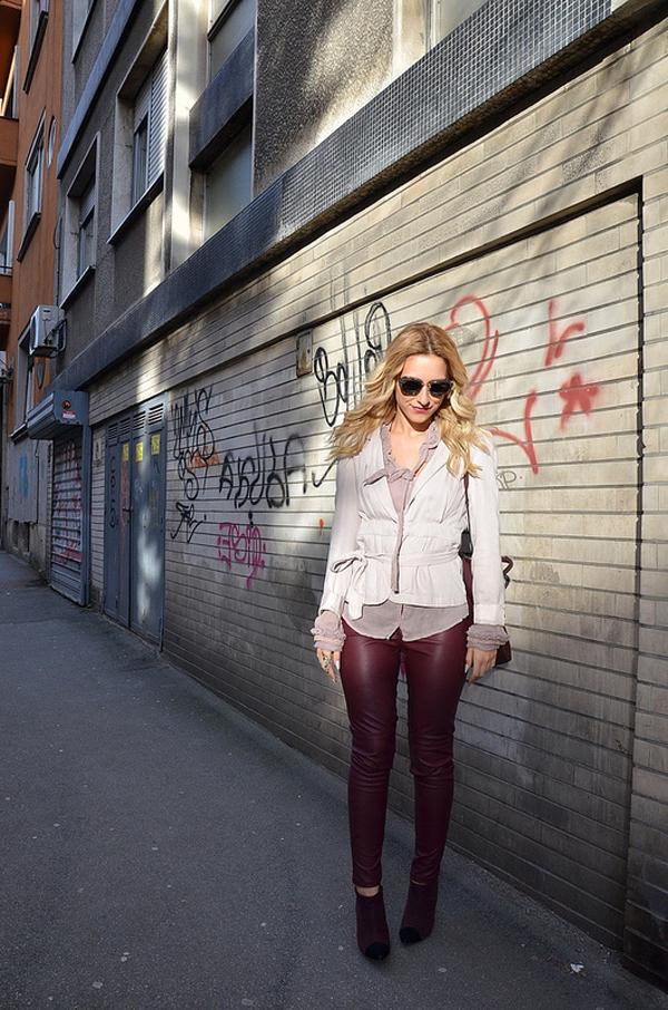 8624396499 286d1b14db c Šta domaće modne blogerke nose ovih dana: Koža i bež