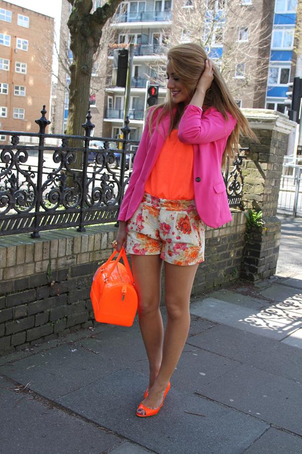 8668530953 ea41fac325 b Fashion Bloggers Must Have: Cvetni print