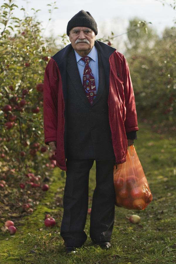 Ali u crvenoj jakni 3 Modne kombinacije modernog dekice