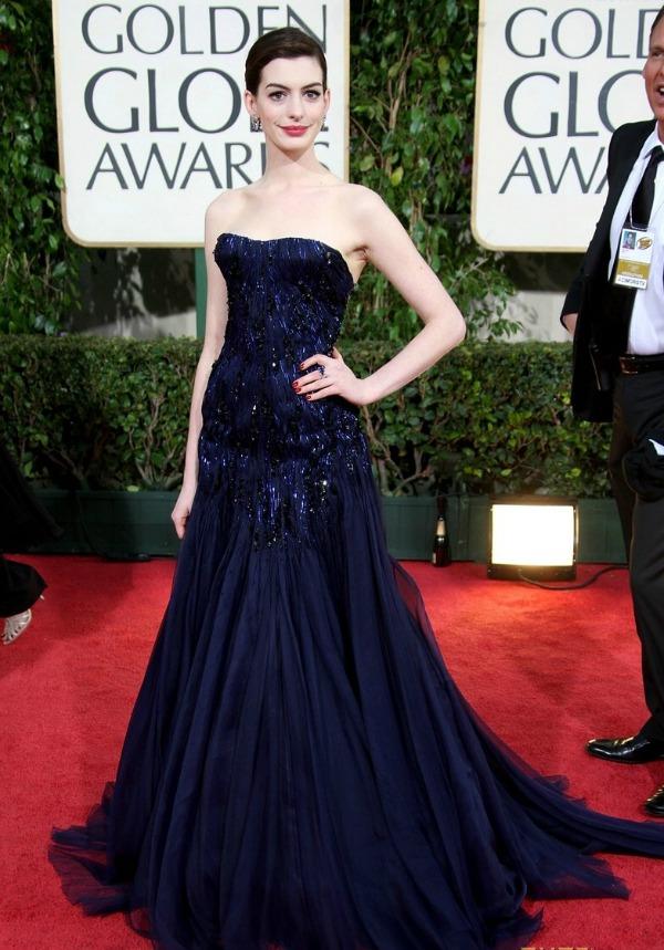 Anne Hathaway 1 Prelistavamo stil: Anne Hathaway