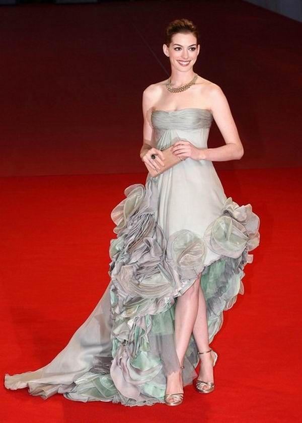 Anne Hathaway 3 Prelistavamo stil: Anne Hathaway