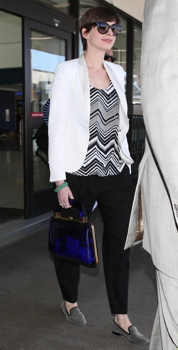 Anne Hathaway Celebrity stil dana: Anne Hathaway