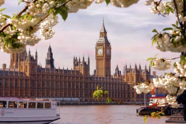 Big Ben London Trk na trg: Piccadilly Circus, Engleska