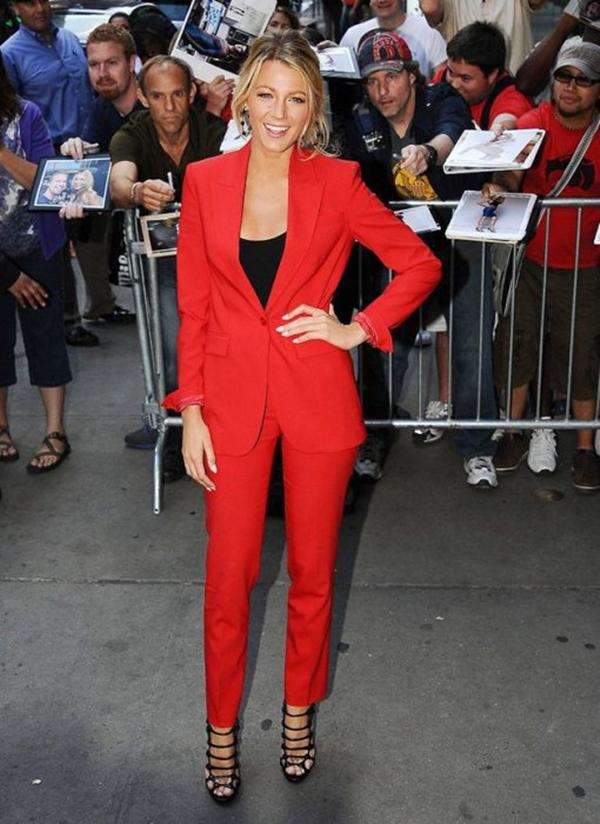 Blejk Lajvli u odelu Michael Kors Trend sa crvenog tepiha: Ženska odela