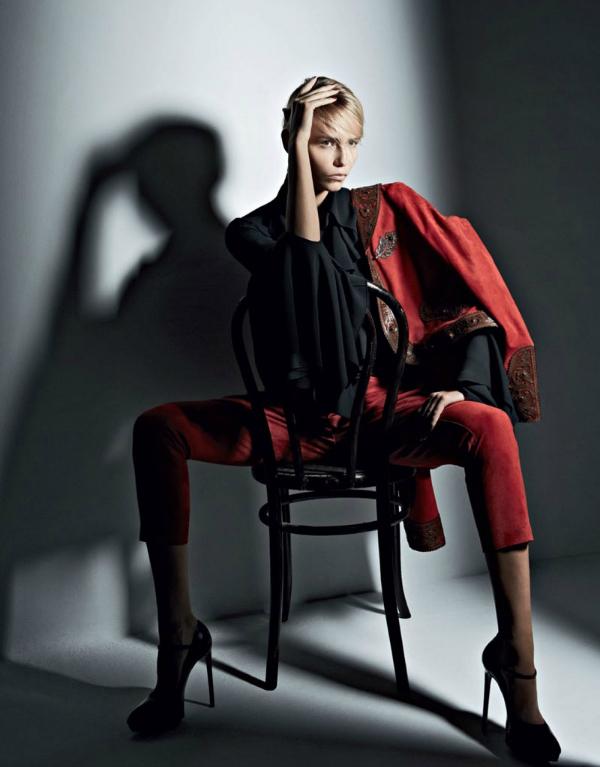 "Crno crvena ""Vogue Russia"": Natasha Poly kao strastvena Španjolka"