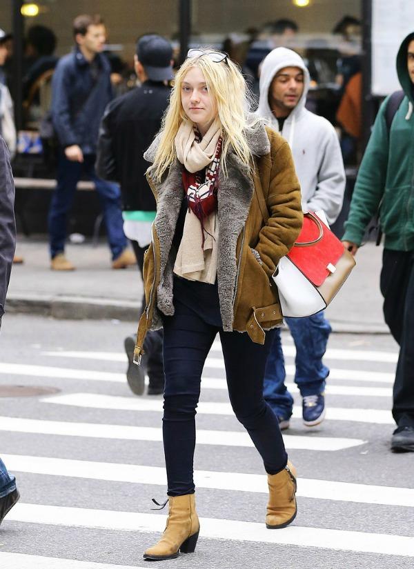 Dakota Fening 3 Street Style: Dakota Fanning