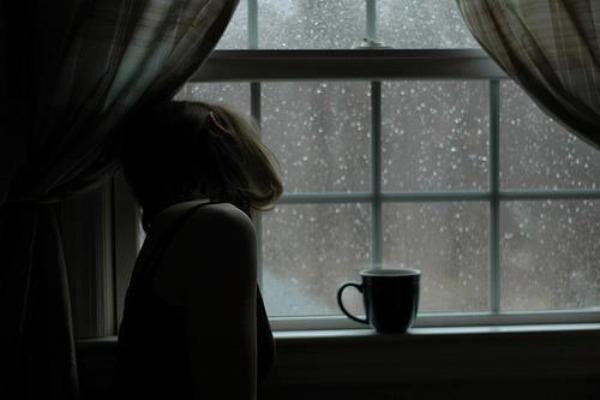 Devojka kod prozora 21 Za stare rane i neke nove dane