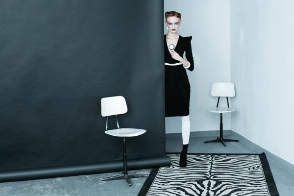 Elegantna haljina sa naglasenim ramenima Yuliya Babich: Modna ludnica