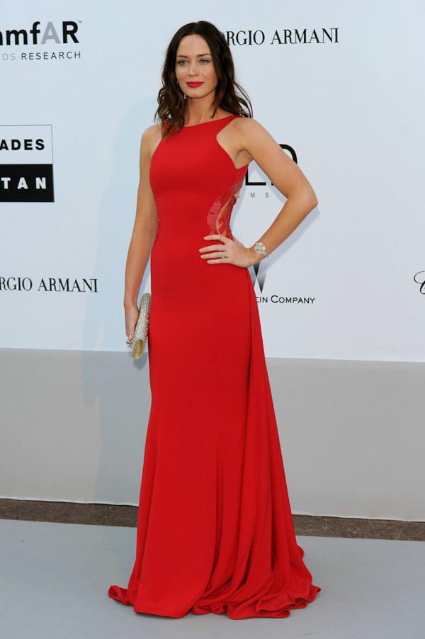 EmilyBluntlunt 2010 amfAR cinema against aids gala 052010  2  Modne trendseterke: Deset glumica u crvenim haljinama