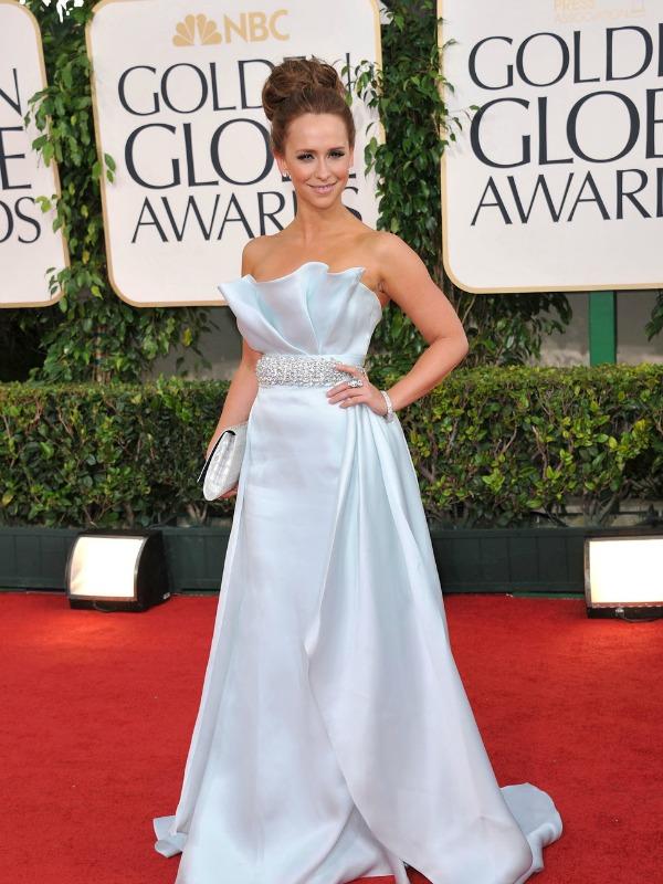 Jennifer Lowe Hewitt 5 10 haljina: Jennifer Lowe Hewitt