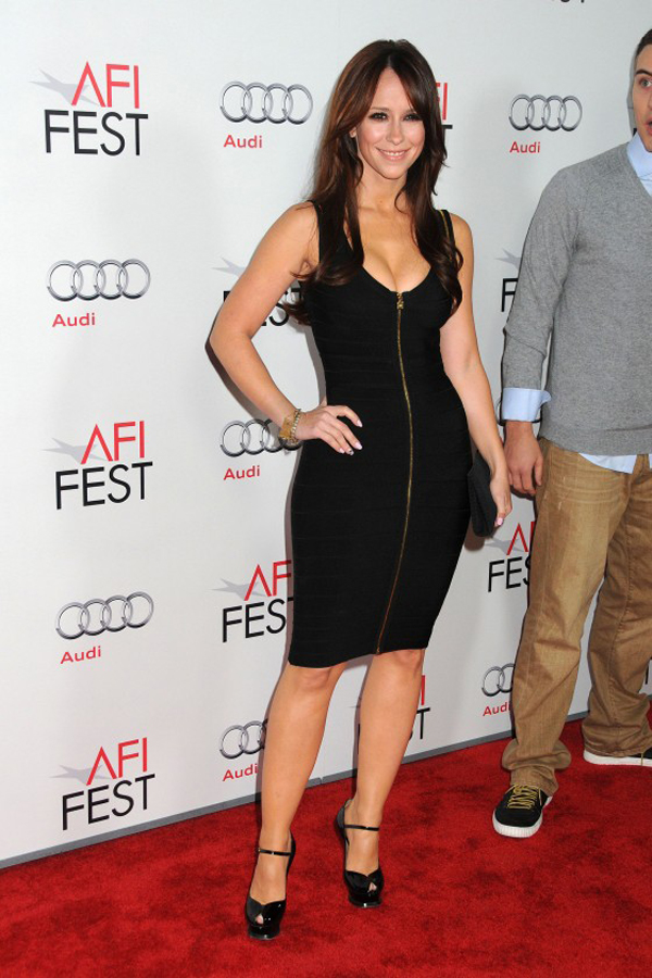 Jennifer Lowe Hewitt 61 10 haljina: Jennifer Lowe Hewitt