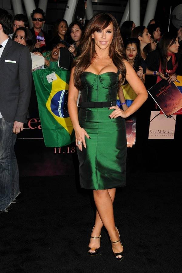 Jennifer Lowe Hewitt 7 10 haljina: Jennifer Lowe Hewitt