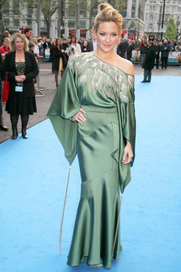 Kejt Hadson Trend sa crvenog tepiha: Haljine Christian Dior