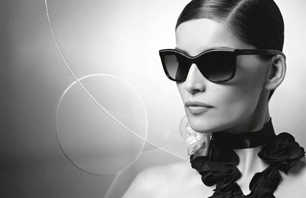 Laetitia Casta Karl Lagerfeld Chanel Eyewear 02 Chanel: Laetitia Casta i Karl Lagerfeld
