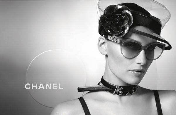Laetitia Casta Karl Lagerfeld Chanel Eyewear 07 Chanel: Laetitia Casta i Karl Lagerfeld
