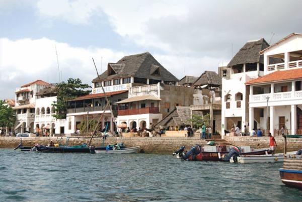 Lamu najstariji grad i mesto gde je najpre preporučuje ronjenje Sve lepote zemlje safarija