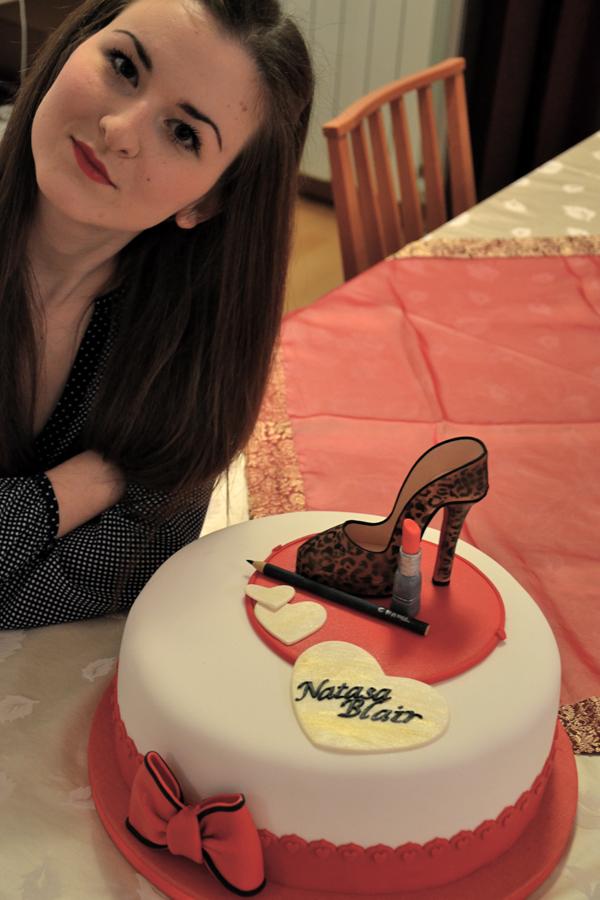 Najbolja rodjendanska torta ikada Natasa Blair Wannabe Photo Wall: Poljupci i moda