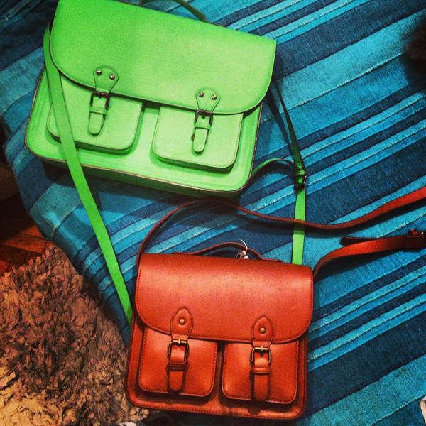 New satchels masa Memedovic Wannabe Photo Wall: Čekajući proleće