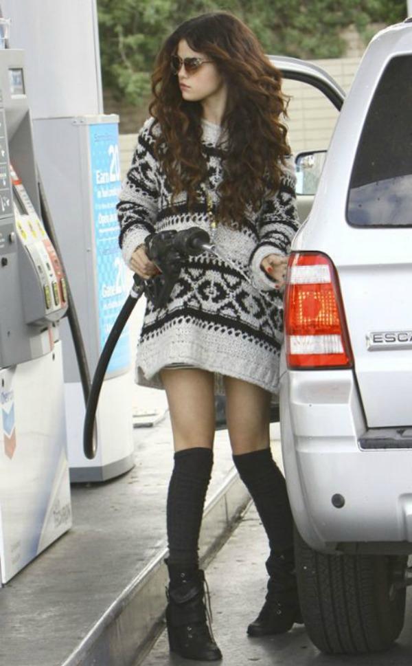 Selena Gomez5 Street Style: Selena Gomez