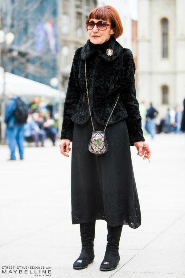 Starija dama u crnom Street Style: Inspirativni Zagrepčani dočekali proleće