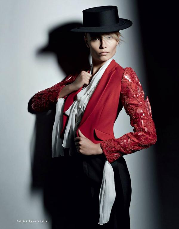 """Strogoća """"Vogue Russia"""": Natasha Poly kao strastvena Španjolka"""