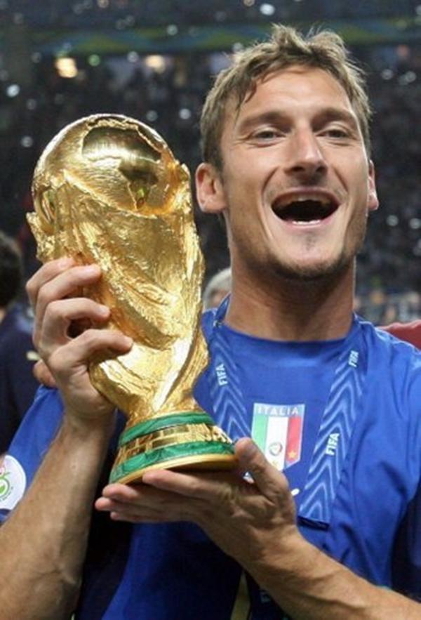 """Toti SP Francesco Totti: Dve decenije """"Princa Rima"""" u Seriji A"""