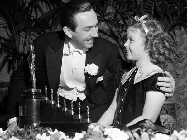 Walt Disney sa Oskarom Osam nezaboravnih događaja koji su obeležili dodele Oskara