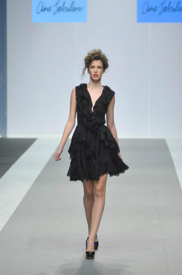 crna haljina 3 33. Perwoll Fashion Week: Ana Šekularac