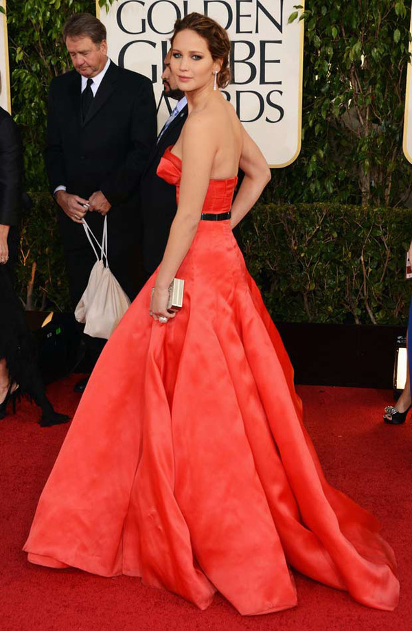 jennifer lawrence dior red dress 2013 golden globes Modne trendseterke: Deset glumica u crvenim haljinama